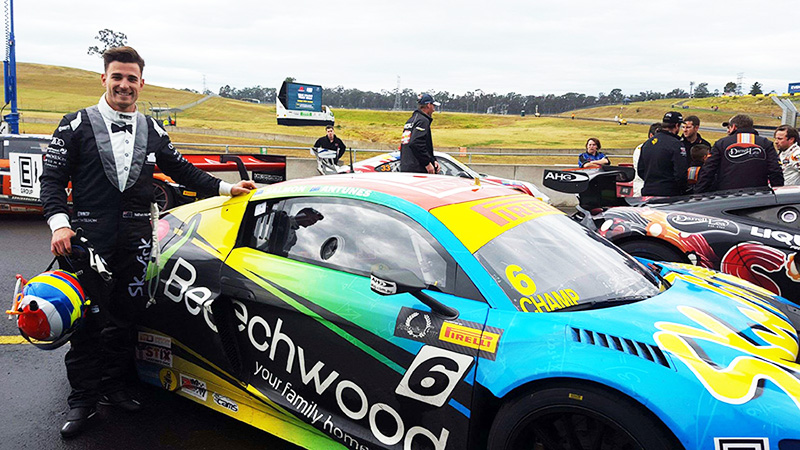 Nathan-Antunes-leads-2015-Australian-GT-Championship