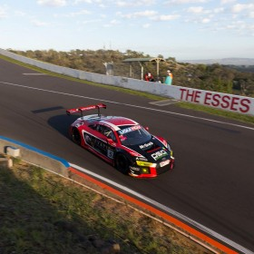2016 Bathurst 12 Hour Mount Panorama