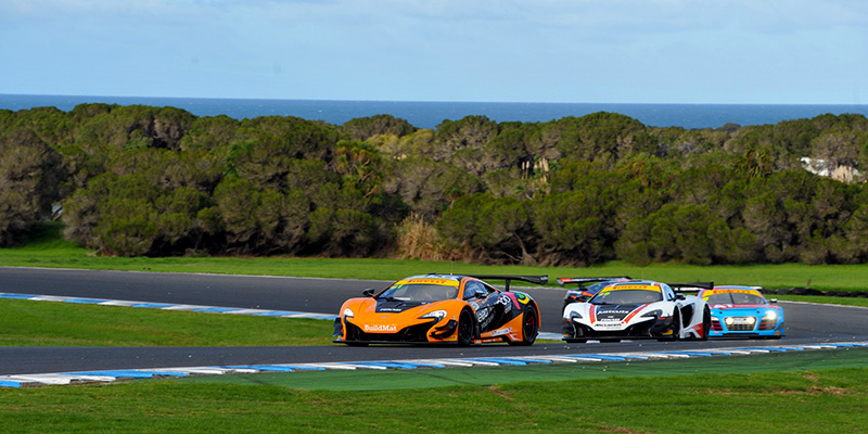 Antunes-and-Barbour-Excitement-and-Frustration-at-Phillip-Island-Australian-GT-2016