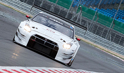 Nissan-GT-R-NISMO-GT3-Nathan-Antunes-Silverstone-4